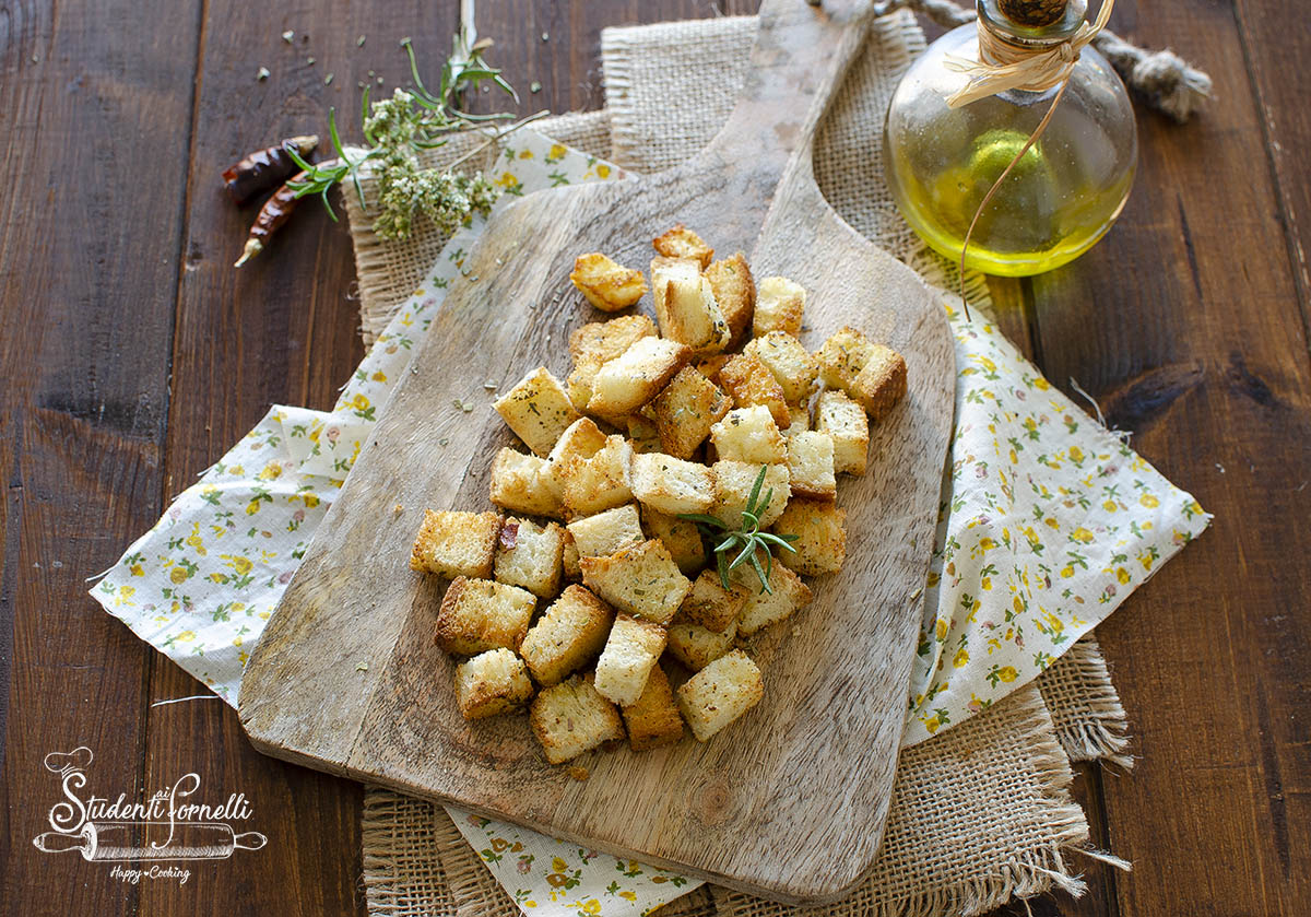 crostini per zuppe di pane in friggitrice ad aria ricetta per zuppe e insalate