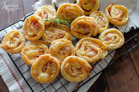 girelle di sfoglia patate e prosciutto formaggio ricetta antipasto (2)