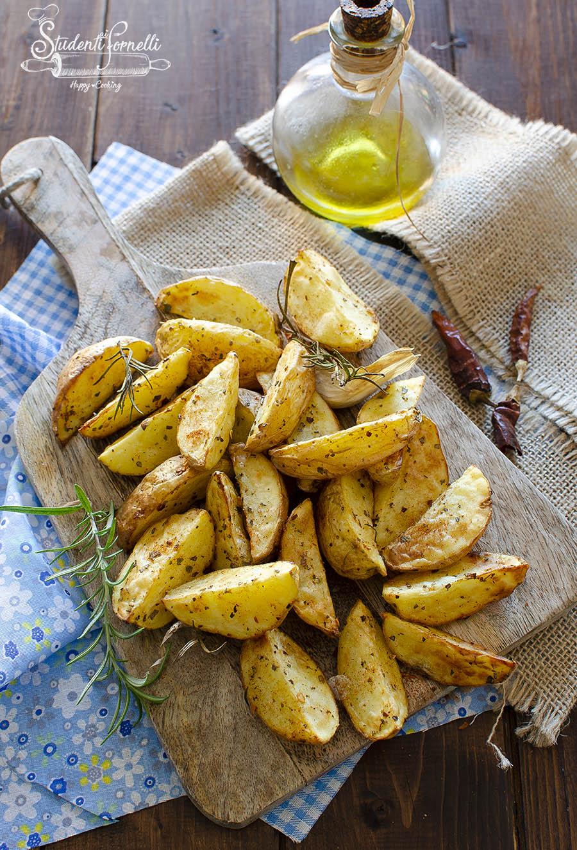 patate piccanti in friggitrice ad aria ricetta passo passo (1)