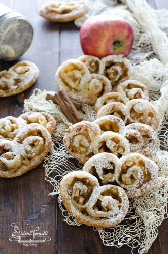ricetta ventagli di sfoglia alle mele e cannella ricetta dolce 5 minuti