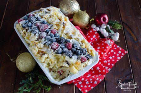 tiramisù di panettone ai frutti di bosco mascarpone natale capodanno ricetta dolce (3)