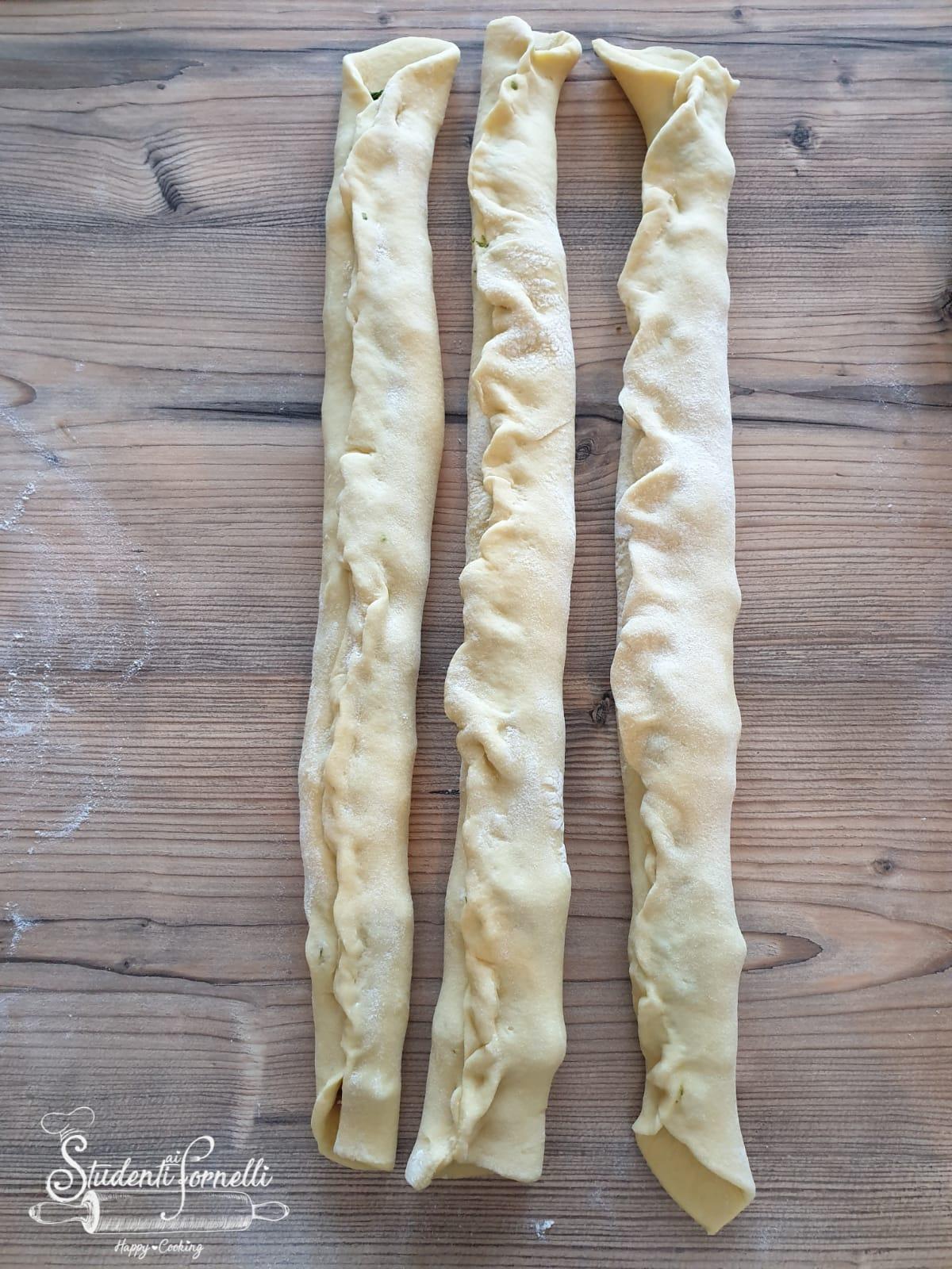 brioche rustica salsiccia e broccoli ricetta (2)