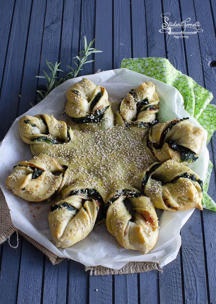 torta salata spinaci e prosciutto pizza fiore con spinaci e prosciutto ricetta (2)