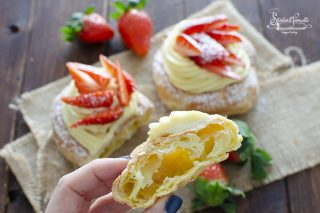 zeppole con crema e fragole in friggitrice ad aria o forno ricetta zeppole di san giuseppe