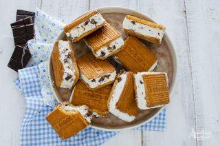 biscotto gelato alla stracciatella panna e cioccolato ricetta