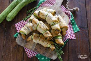 ricetta cornetti salati zucchine e prosciutto ricetta antipasto
