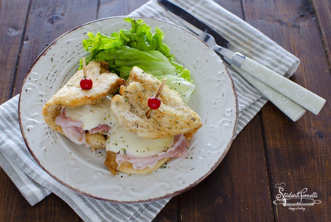 cotolette di pollo prosciutto e scamorza ricetta cotolette ripiene