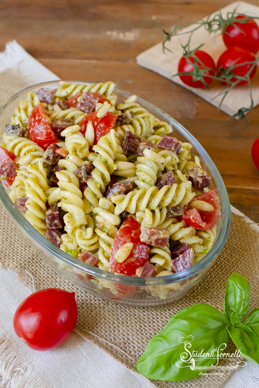 2020 ricetta pasta fredda pesto di pistacchi e prosciutto ricetta primo