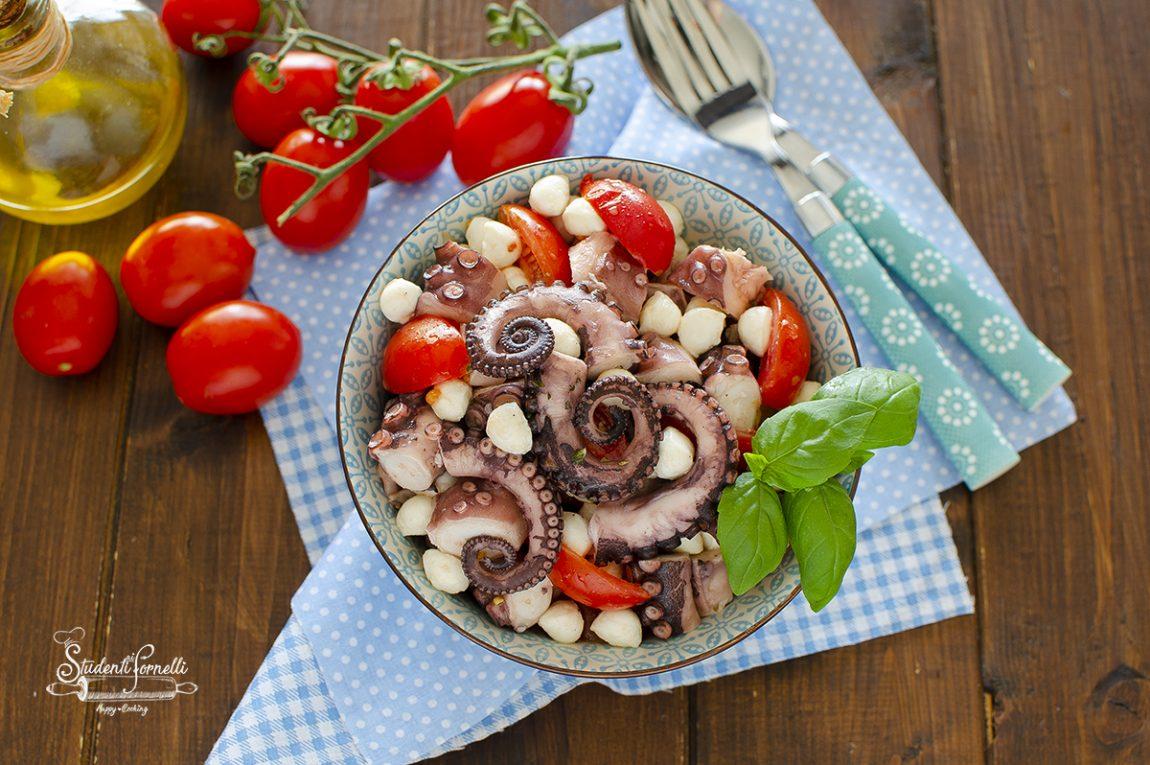 insalata di polpo alla caprese con pomodorini e mozzarella ricetta