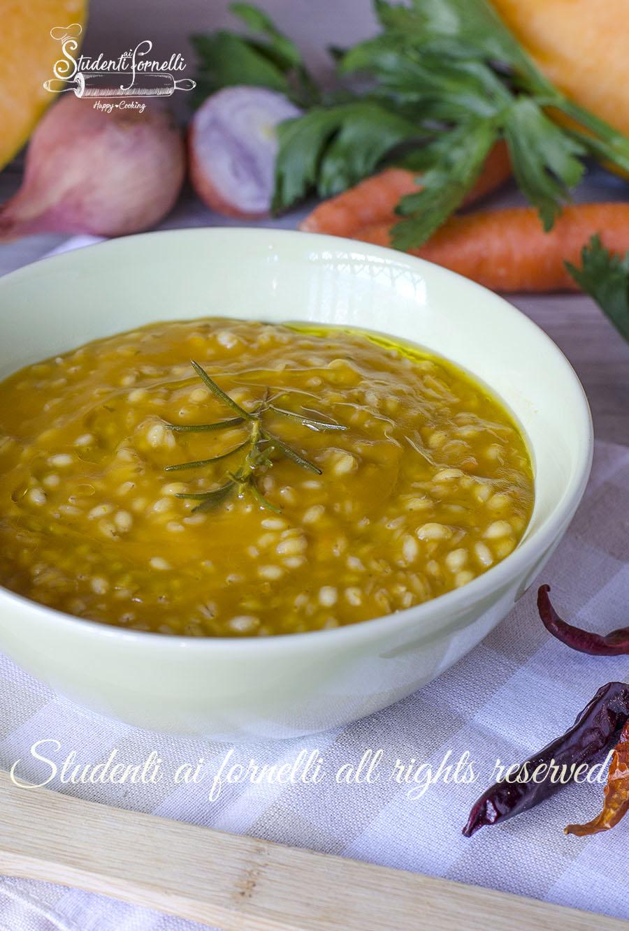 2020 orzotto alla zucca ricetta vellutata zucca e orzo zuppa minestra