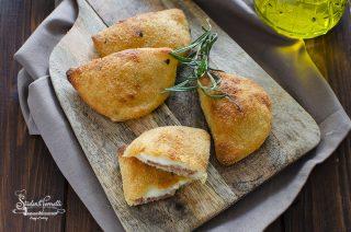 Panzerotti di patate ripieni ricetta 2