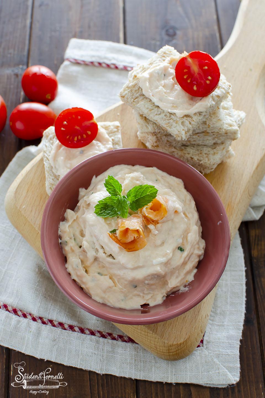 crema al salmone per tartine pasta aperitivi