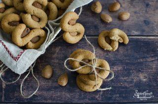 ricetta 2 susamielli napoletani ricetta biscotti speziati dolci natalizi