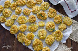 ricetta Patate gratinate con panatura di patatine sfiziosa