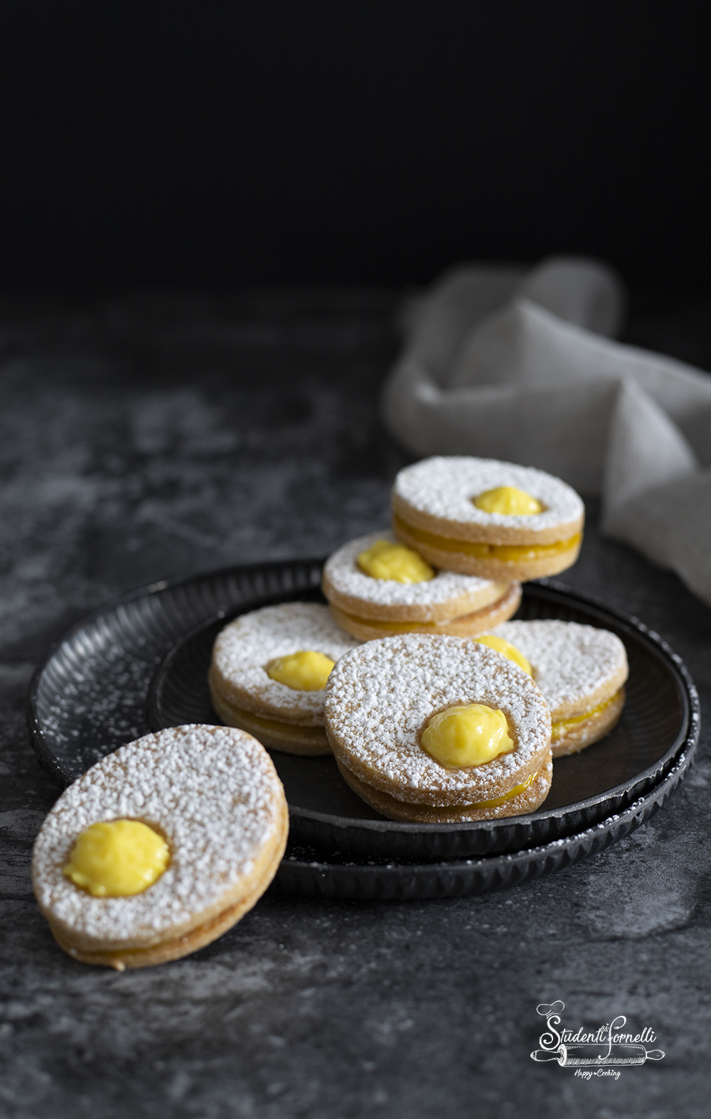 ANT FB biscotti uova di pasqua alla crema ricetta dolce