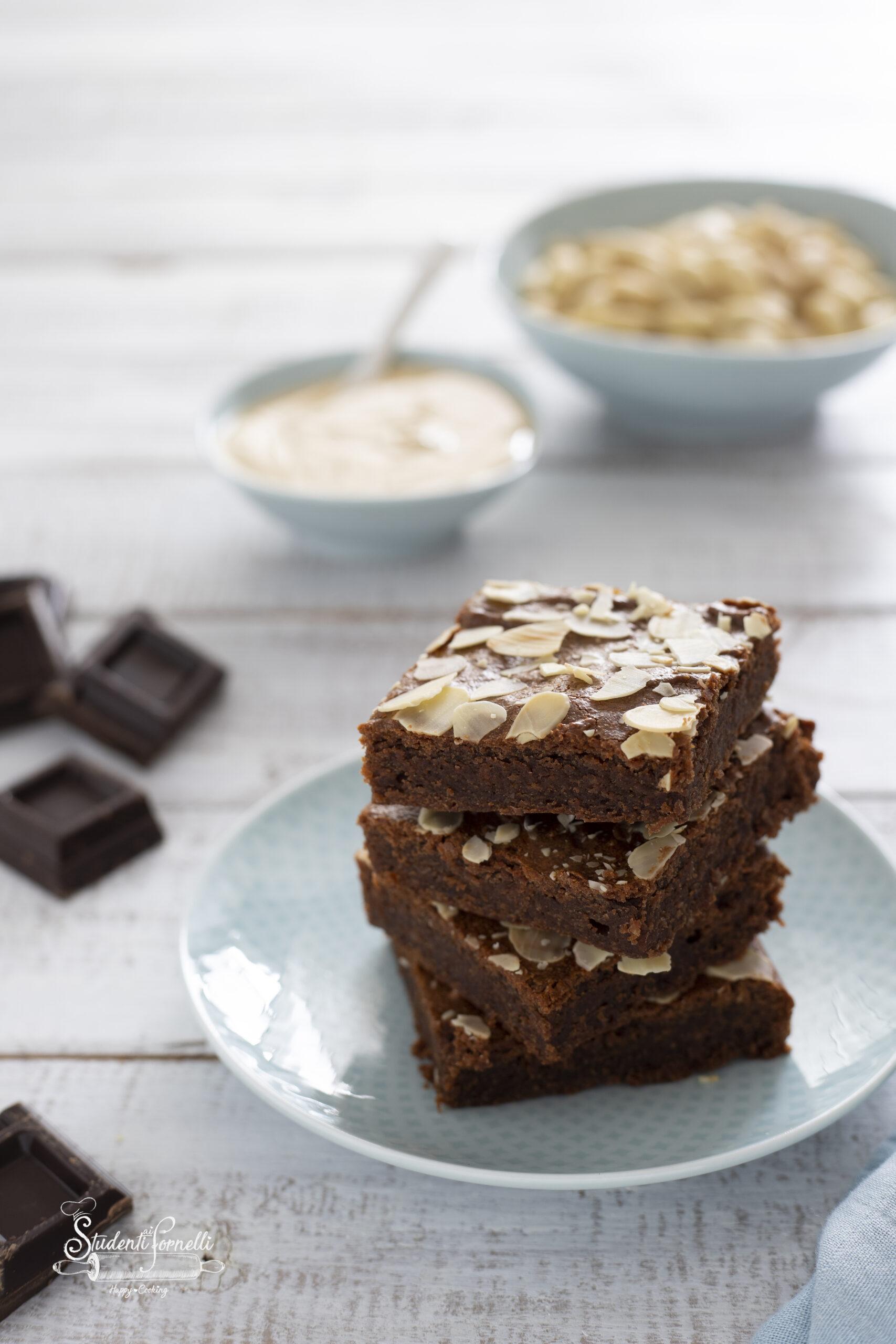 ANT FB brownies senza burro mandorle e cioccolato ricetta dolce goloso