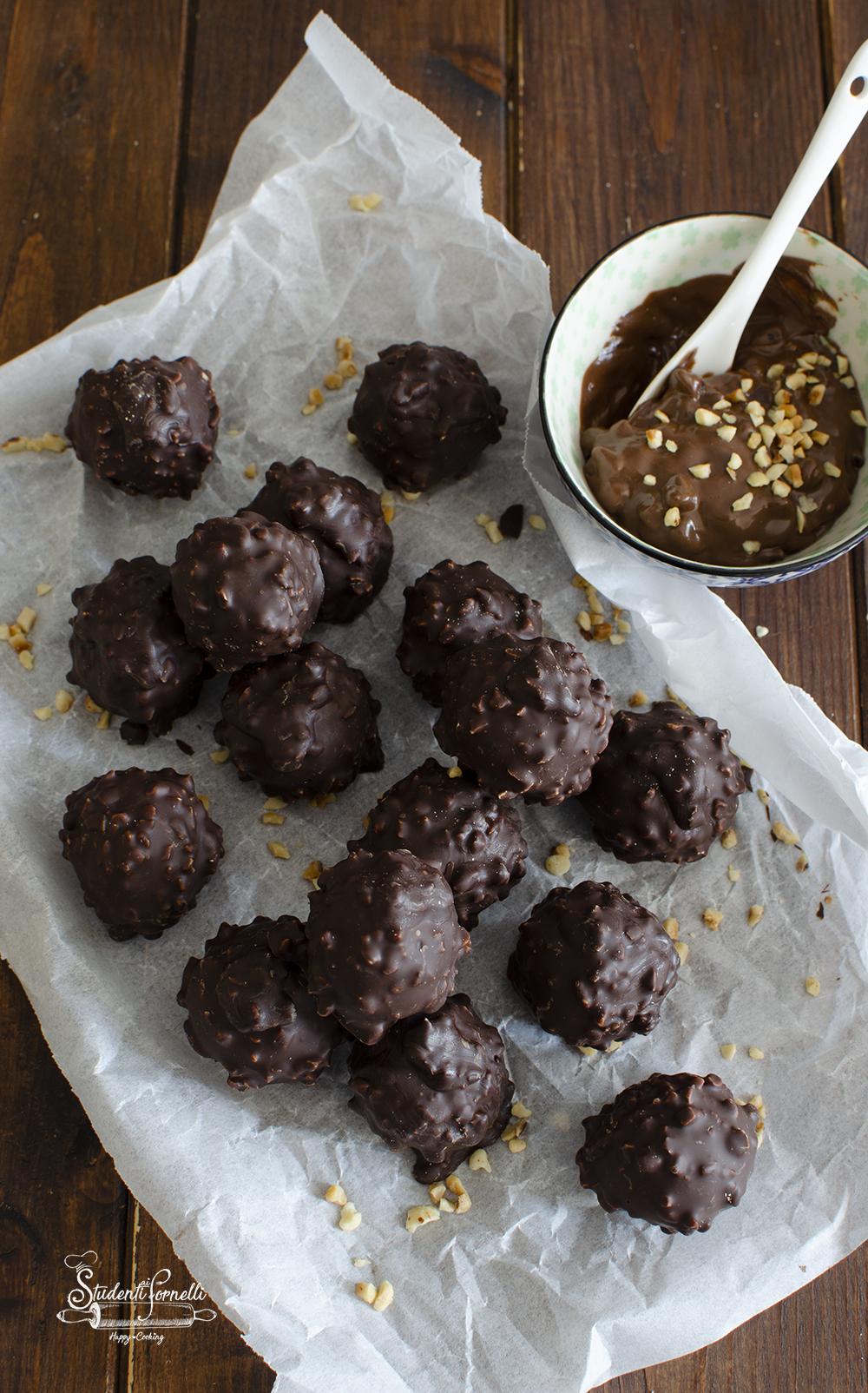 ricetta tartufini al cioccolato e nocciole rocher ricetta dolce