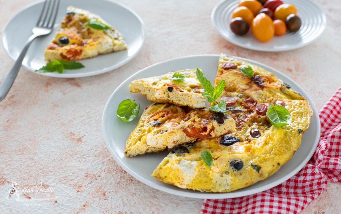 frittata con feta e olive alla greca-7761
