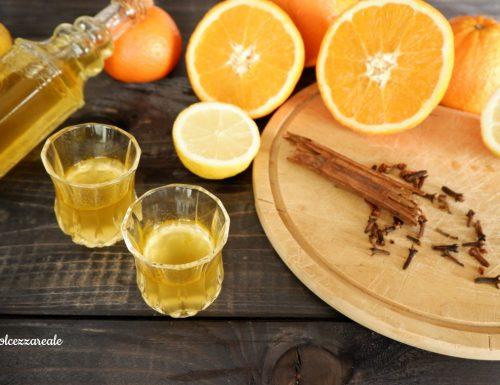 Liquore agli agrumi con spezie