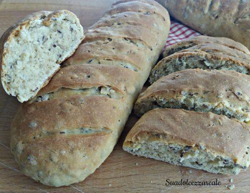 Pane integrale con i semi di lino e semi misti