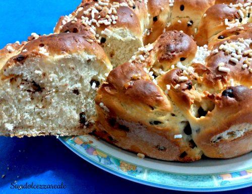 Ciambella intrecciata di pan brioche con cioccolato-Bimby e senza