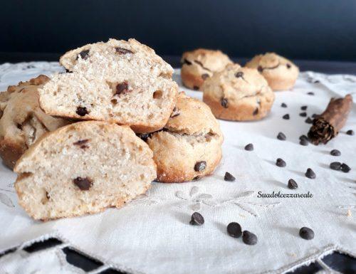 Muffin integrali con pere frullate e cioccolato