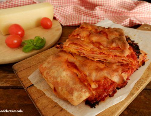 Scacce ragusane con il pomodoro Ricetta tradizionale