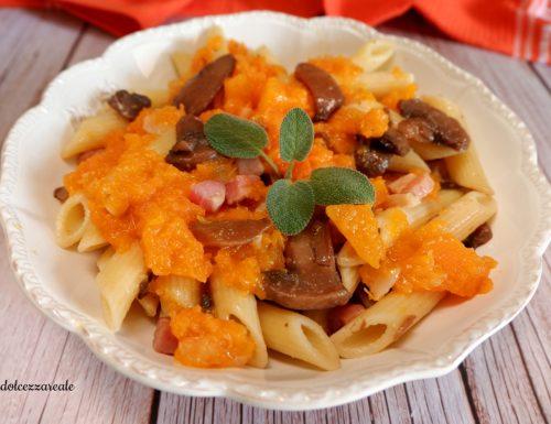Pasta con zucca funghi e pancetta Ricetta