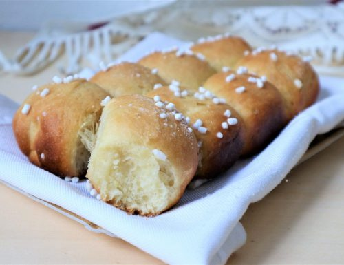 PAN BRIOCHE YOGURT E MIELE in due varianti golose.