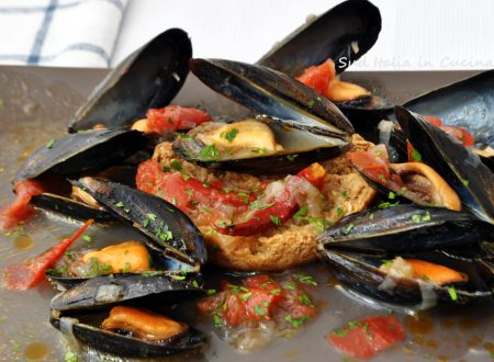 Zuppa di Cozze con Cipolle – Cozz a' Puepptedd