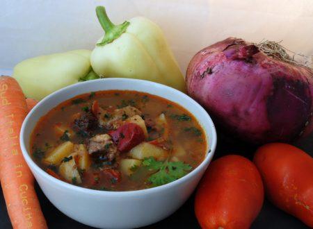 Goulash Soup Personalizzato