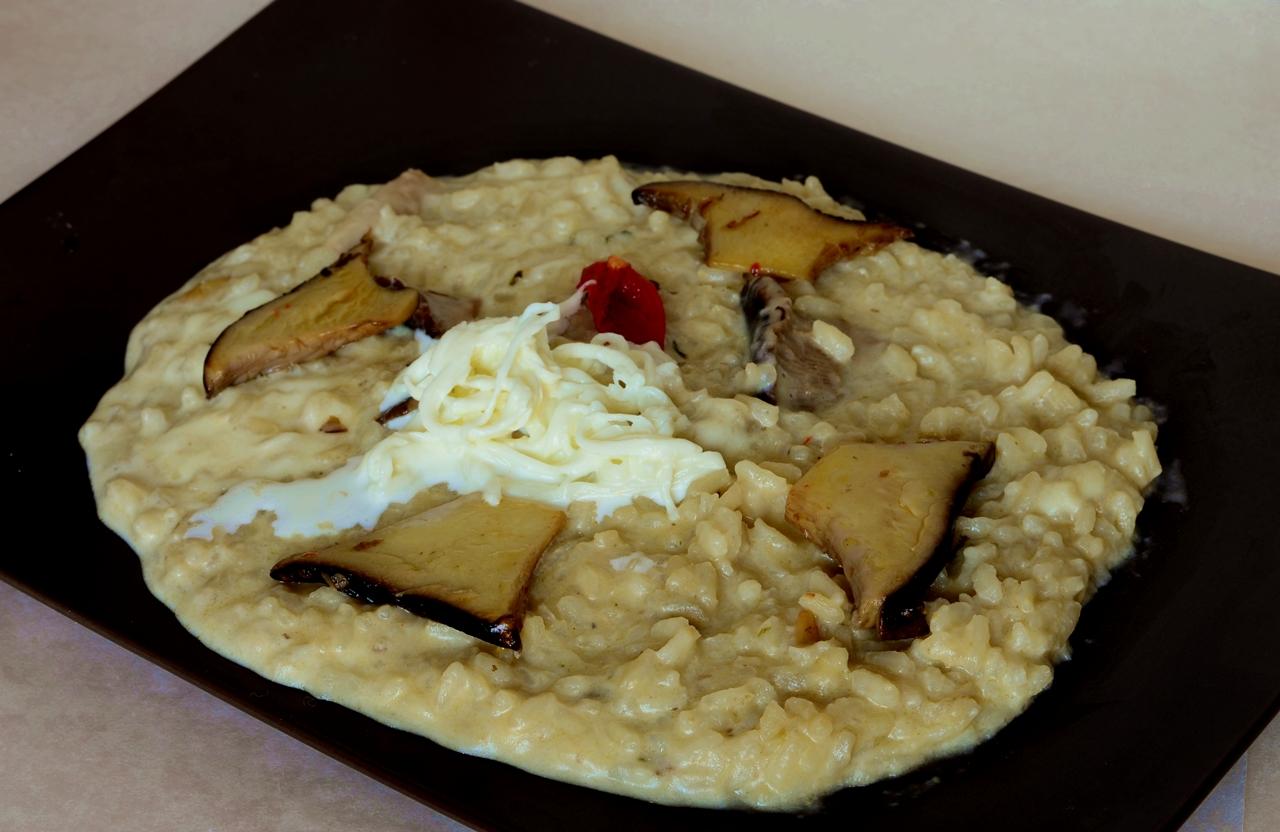 Risotto con Funghi Cardoncelli e Burrata