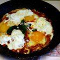 Uova in Purgatorio con Burrata