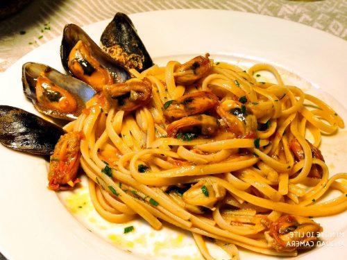 Spaghetti o Linguine con Cozze Pelose