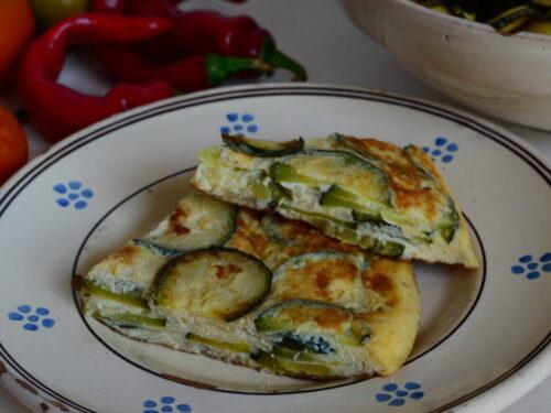Frittata con Patate Cipolle e Zucchine