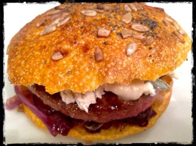 Hamburger di black angus con pane alla zucca (Pumpkin time!)