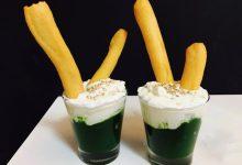 Bicchierini di crema di spinaci con ricotta e grissini