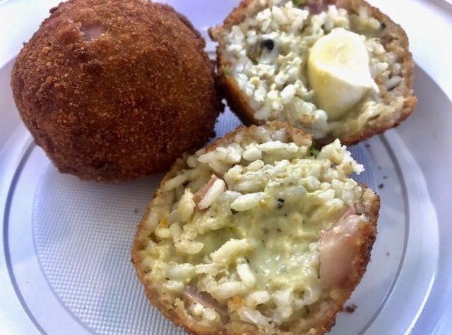 Arancini al pistacchio e mortadella