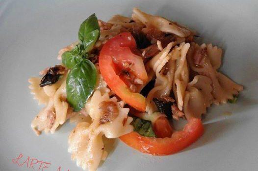 farfalle fresche con verdure grigliate