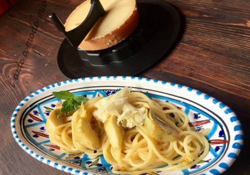 spaghetti con carciofi menta e tète de Moine
