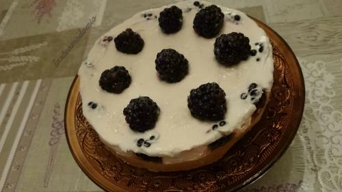 cheesecake allo yogurt con more