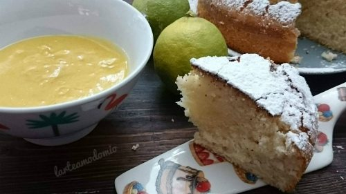 TORTA ALL'ACQUA AL GUSTO DI LIMONE CON LEMON CURD