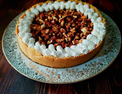 FUDGE CAKE CON BASE CROCCANTE E MANDORLE