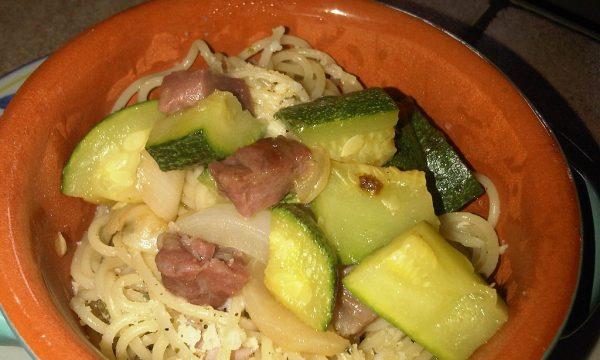 Spaghetti  Burro e Zucchine Trifolate allo Speck
