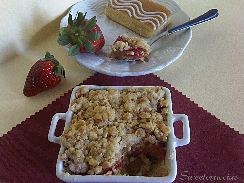 Crumble alle Fragole Ricetta Dolce