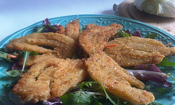 Finocchi impanati fritti ricetta saporita