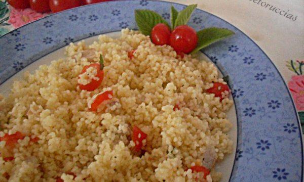 Insalata di cuscus piatto freddo