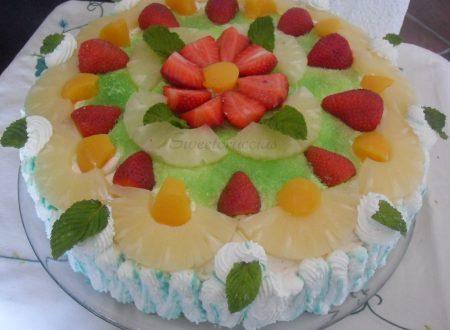 Torta di compleanno alla frutta