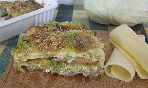 Parmigiana di verza e funghi champignon