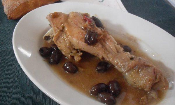 Pollo alla birra con olive